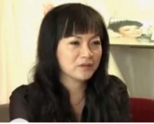 Chuyện chữa rụng tóc do di truyền của bà chủ tiệm áo cưới miền Tây