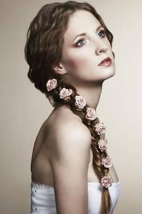 Xu hướng kiểu tóc đẹp cho cô dâu 2017