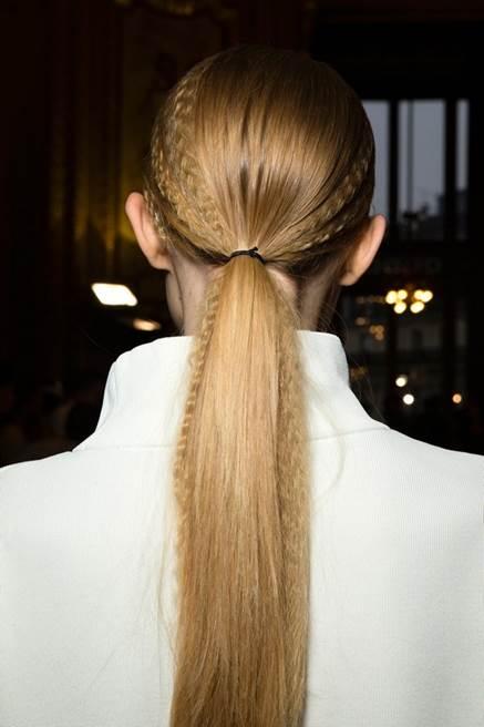 Những kiểu tóc buộc không bao giờ lỗi mốt