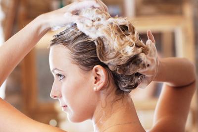 7 bí quyết chăm sóc tóc dầu hiệu quả