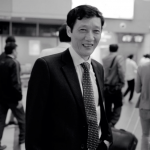 Bí quyết ngăn hói đầu di truyền của một nhà ngoại giao Việt Nam