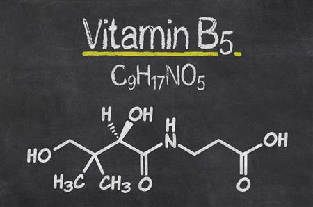 Vitamin-B5-Deficiency-Risk-and-Symptoms